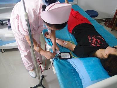 蓝氧净血免疫疗法